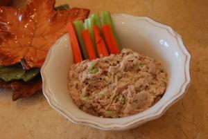 Салат из консервированного тунца для всей семьи