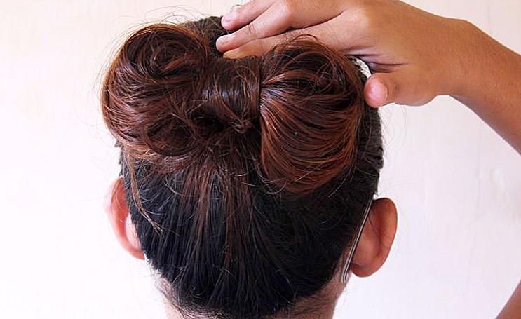 Как сделать бантики на коротких волосах 52